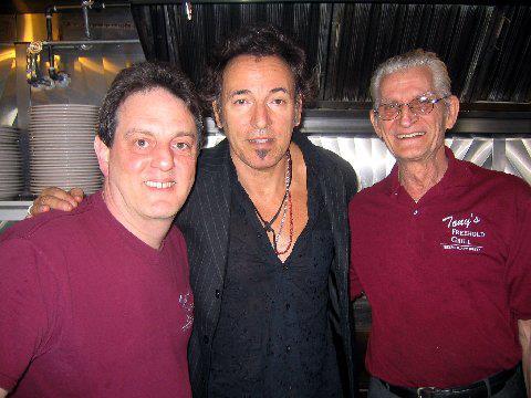 Bruce@Tony's (credi photo Tony's)