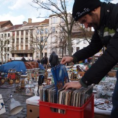 Street Music and used cds in Marolles (Bruxelles)