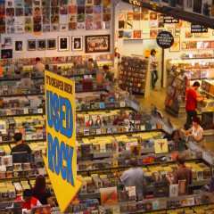 Shopping compulsivo da Amoeba Music
