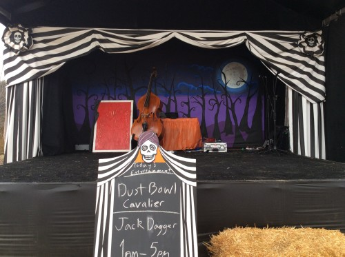 Il palco del 2016 con musica country, foto di Gloria