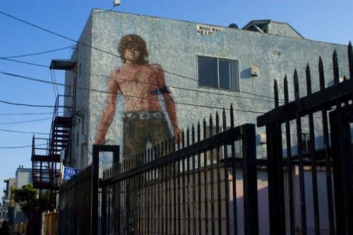 Il murales dedicato a Jim