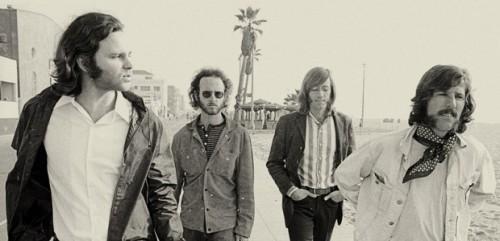 I Doors fotografati su queste spiagge