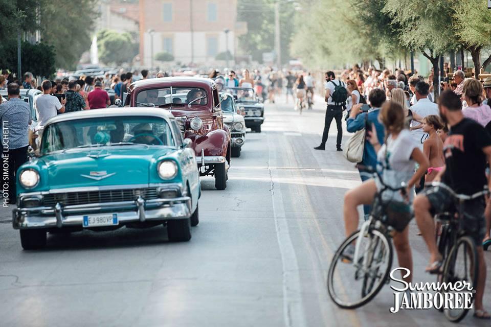 Sfilata di auto d'epoca al Jamboree