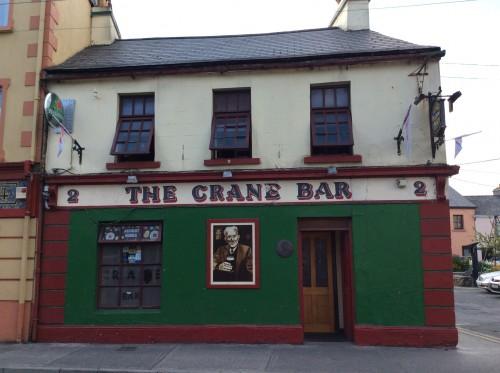 La porta del Crane Bar