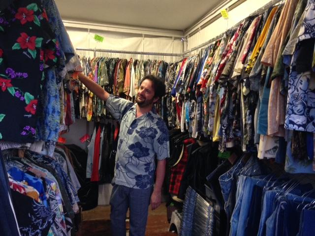 Marco in cerca di una camicia vintage