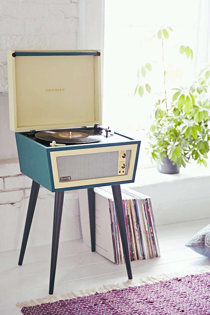 Regalati un giradischi non solo a natale music postcards music postcards - Aggiungi un posto a tavola base musicale mp3 ...