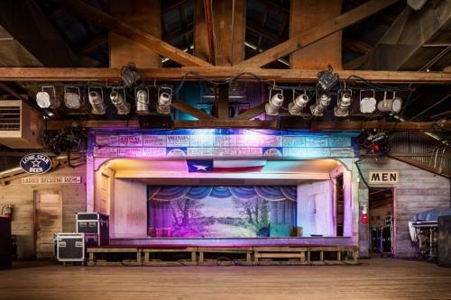 Il palco del locale