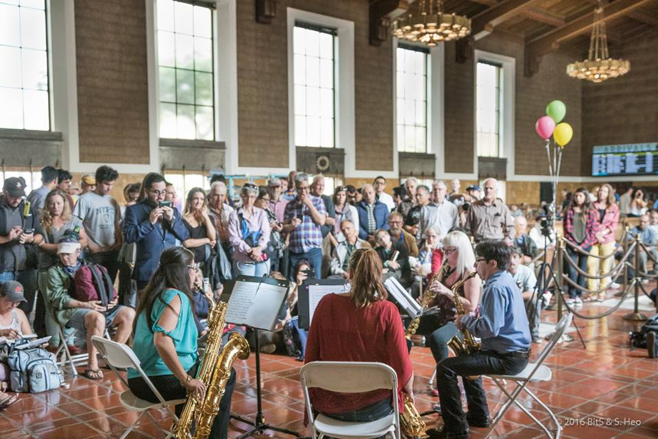 Un concerto dentro ad union station, foto credit dalla pagina FB