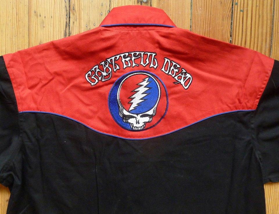 La camicia rock dei Greatfull Dead
