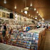 Ernest Tubb Records Shop tra leggende e misteri della musica country