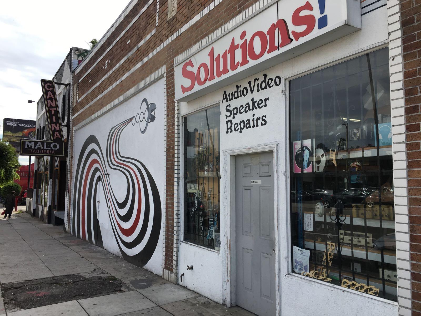 Solutions oggi,foto di Gloria