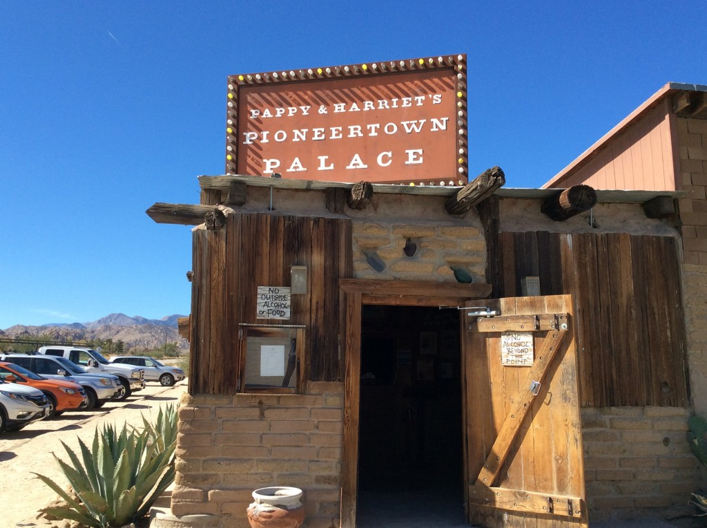 L'entrata di Pappy & Harriet's, foto di Gloria