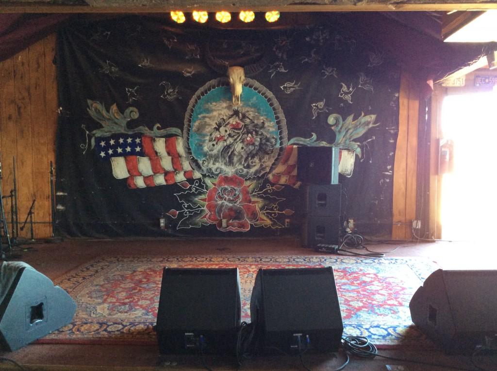 Il palco di Pappy & Harriet's, foto di Gloria