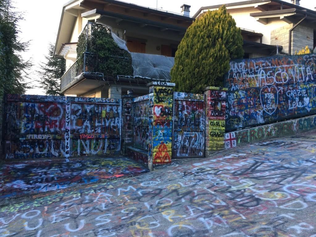 La facciata della casa, foto di Gloria