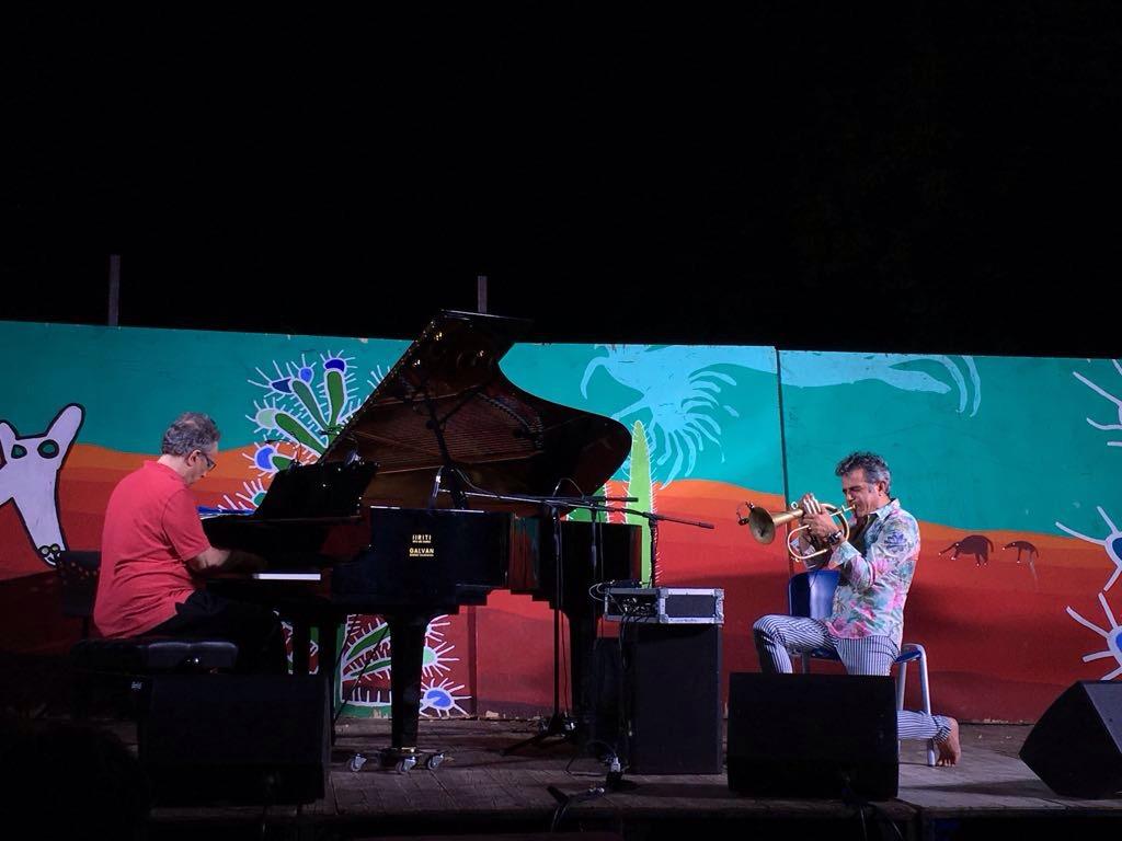 Paolo Fresu con il pianista Uri Caine, foto di Gloria Annovi