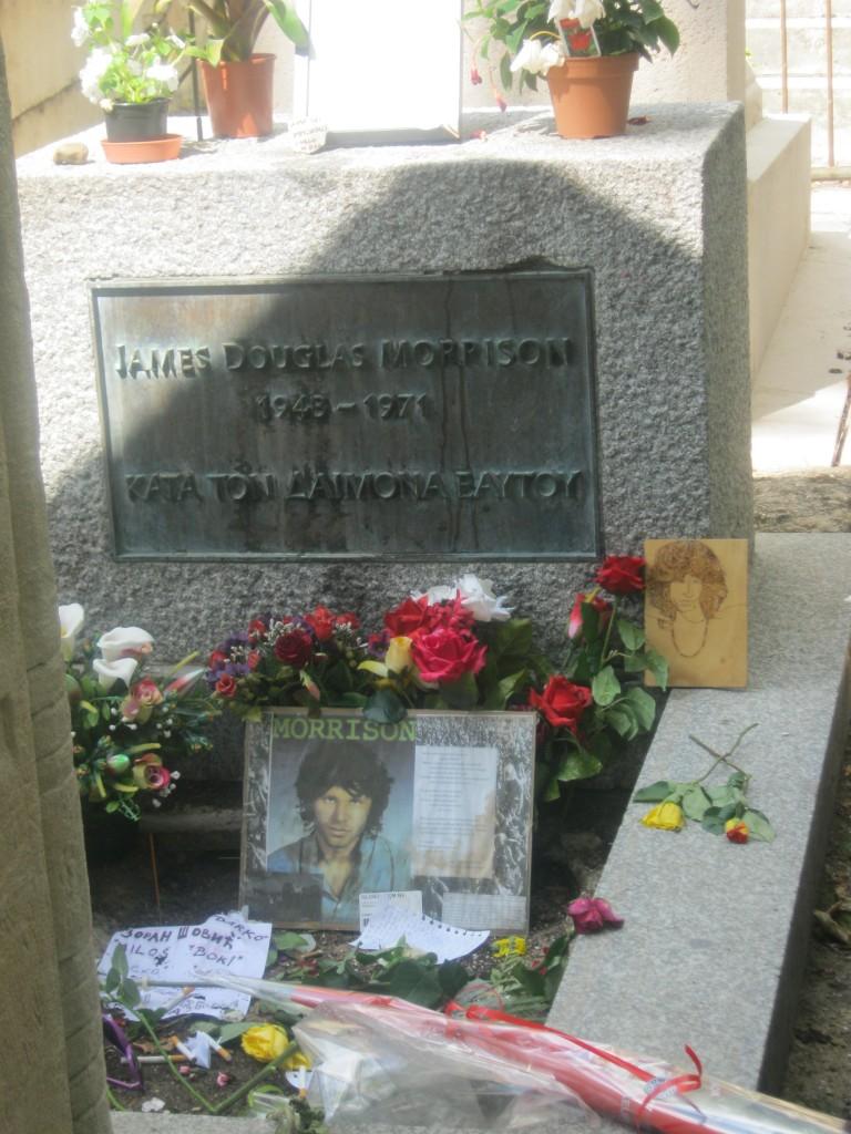 La tomba di Morrison a Parigi