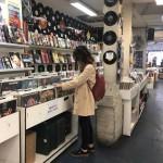 Tre negozi parigini per appassionati di dischi e fumetti