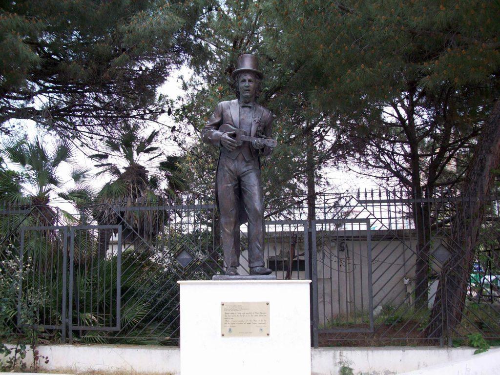 Statua Rino Gaetano